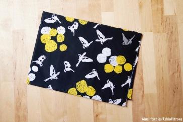 tissu-echino-oiseaux-jaune-noir