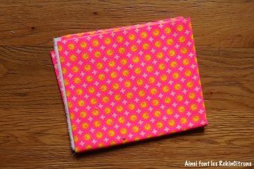 tissu petit pan rose bulles jaunes