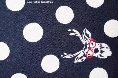 tissu-toile-echino-cerf-noir-detail