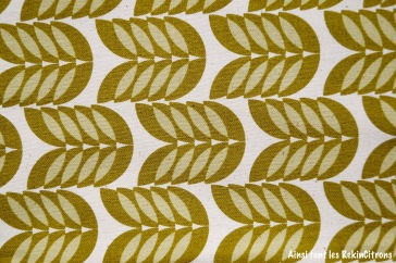 tissu toile feuilles kaki detail