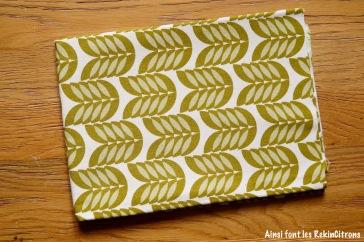 tissu toile feuilles kaki