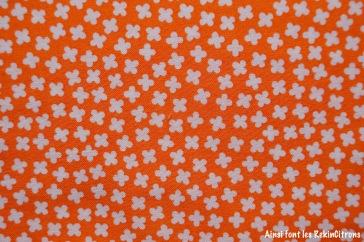 tissu trèfles orange detail