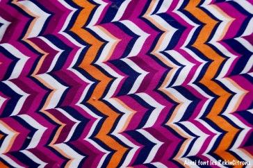 tissu zigzag violet orange detail