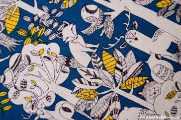 toile-foret-jaune-et-bleue-detail